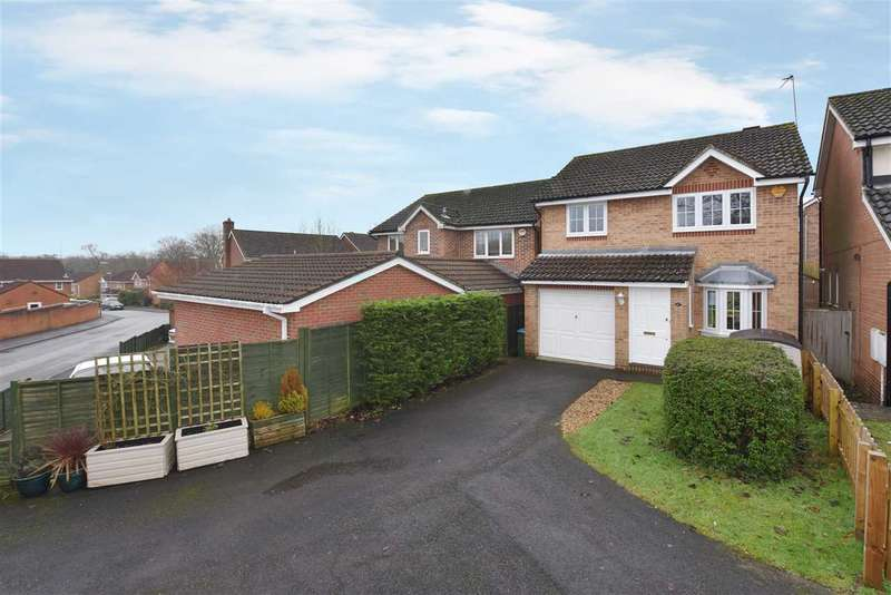 3 Bedrooms Detached House for sale in SUFFOLK DRIVE, WHITELEY