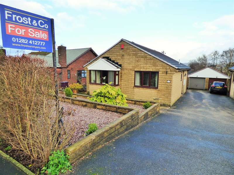 2 Bedrooms Detached Bungalow for sale in Ighten Road, Burnley