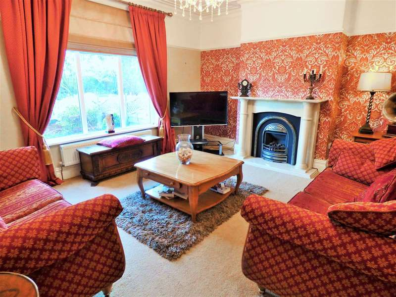 4 Bedrooms Semi Detached House for sale in Brunel Street, Burnley