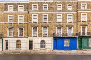 2 Bedrooms Flat for sale in Harmer Street, Gravesend, Kent, Gravesend