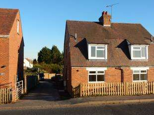 2 Bedrooms Semi Detached House for sale in Hawkhurst Road, Cranbrook, Kent