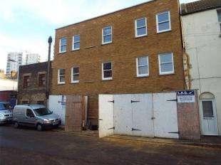 2 Bedrooms Flat for sale in Turner Street, Turner Street, Ramsgate, Kent