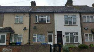 2 Bedrooms Terraced House for sale in Bayford Road, Sittingbourne