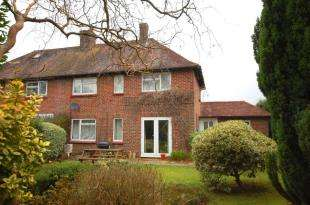 3 Bedrooms Semi Detached House for sale in Parklands, Maresfield, Uckfield, East Sussex