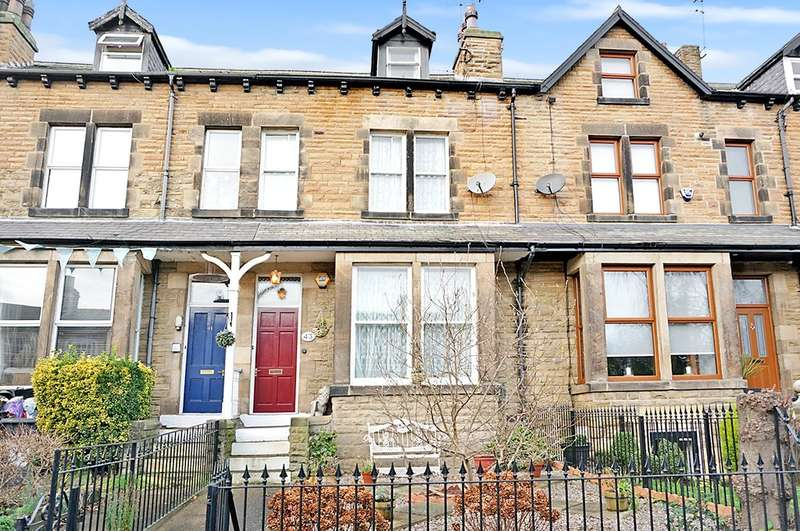 5 Bedrooms Terraced House for sale in North Street, Wetherby, LS22 6NU