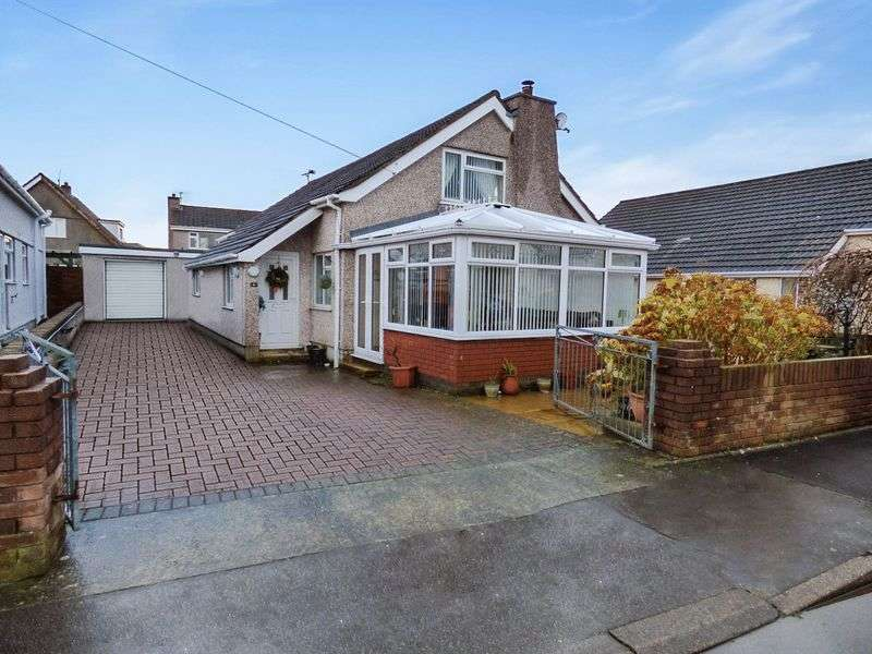 4 Bedrooms Detached House for sale in Lon Hedydd, Llanfairpwllgwyngyll
