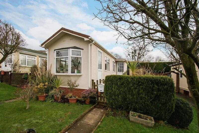 1 Bedroom Detached House for sale in Elmtree Avenue, Tickenham