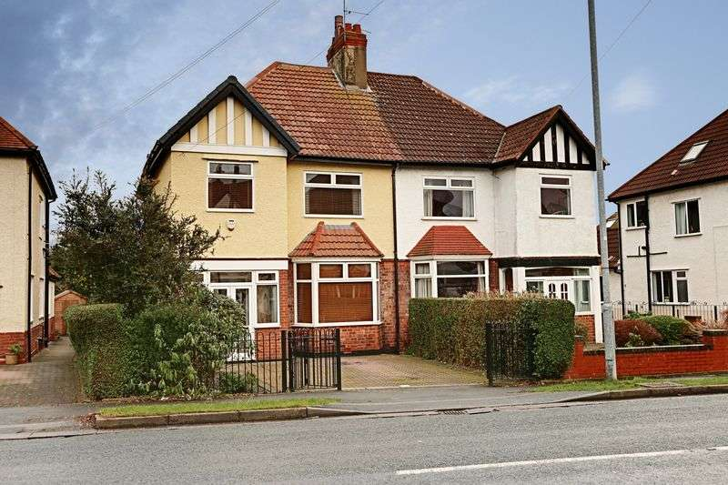 3 Bedrooms Property for sale in Anlaby Park Road North, Hull