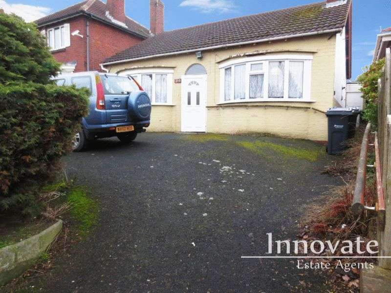 2 Bedrooms Detached Bungalow for sale in Penncricket Lane, Rowley Regis