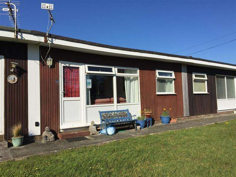 2 Bedrooms Bungalow for sale in Norton, Dartmouth