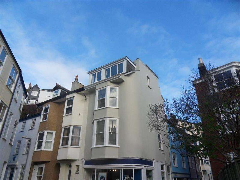 3 Bedrooms Apartment Flat for sale in Broadstone, Dartmouth