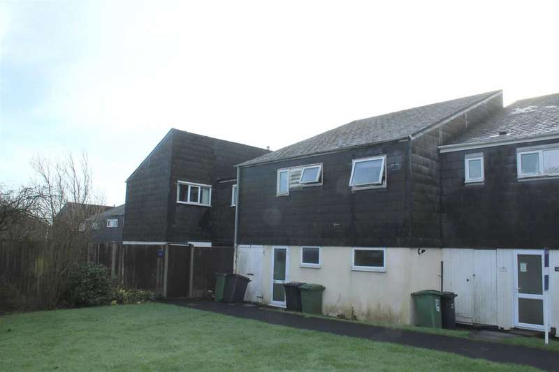 2 Bedrooms Flat for sale in Ryton Close, Matchborough West, Redditch