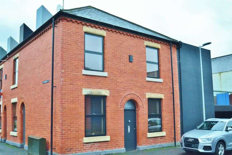 2 Bedrooms Terraced House for sale in Field Street, Salford