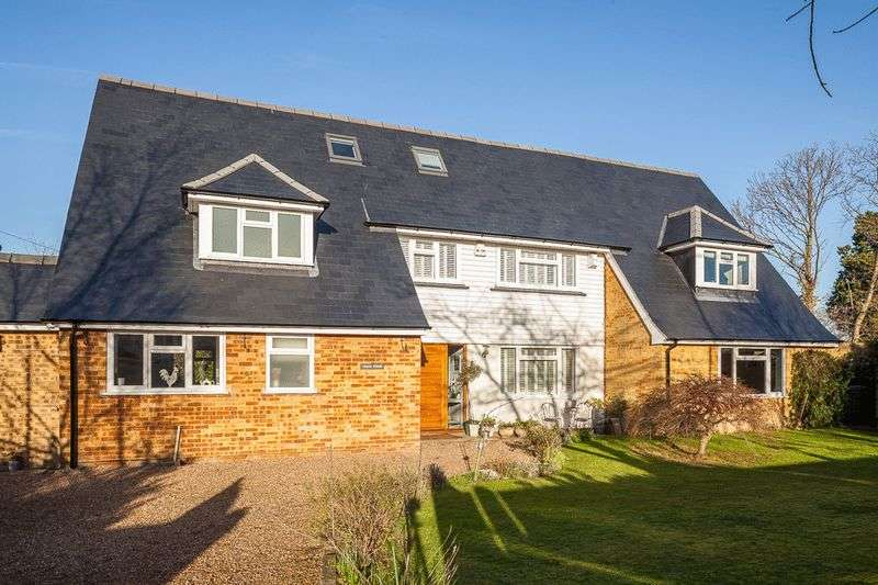 6 Bedrooms Detached House for sale in Camden Park, Tunbridge Wells
