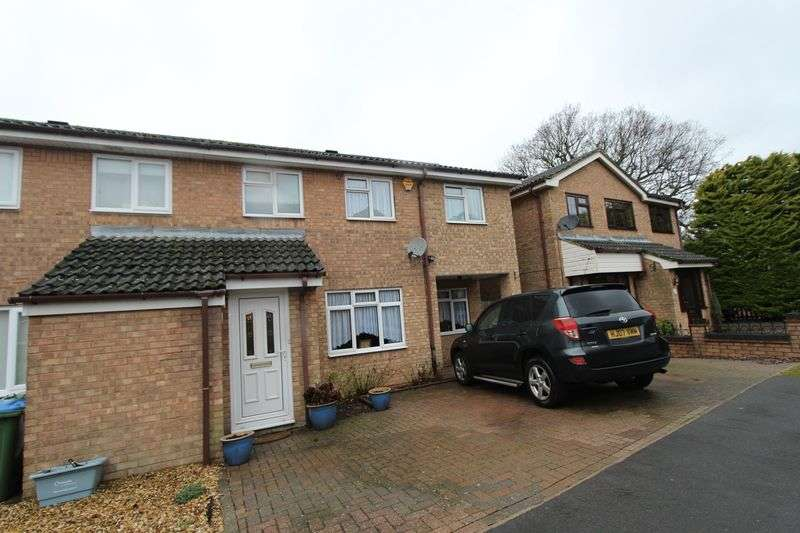3 Bedrooms Semi Detached House for sale in Maybush - ***DOUBLE EXTENSION***