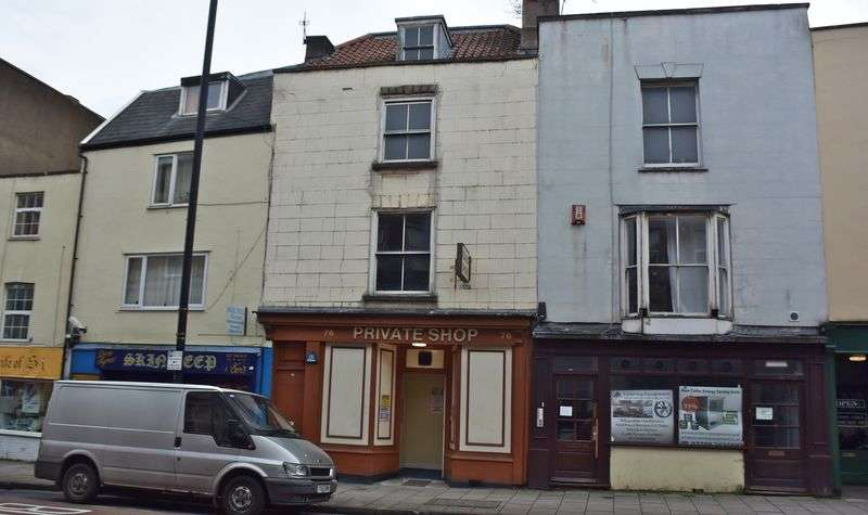 3 Bedrooms Flat for sale in West Street, Bristol