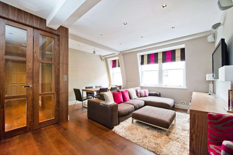 2 Bedrooms Apartment Flat for sale in Newman Street, London, W1T