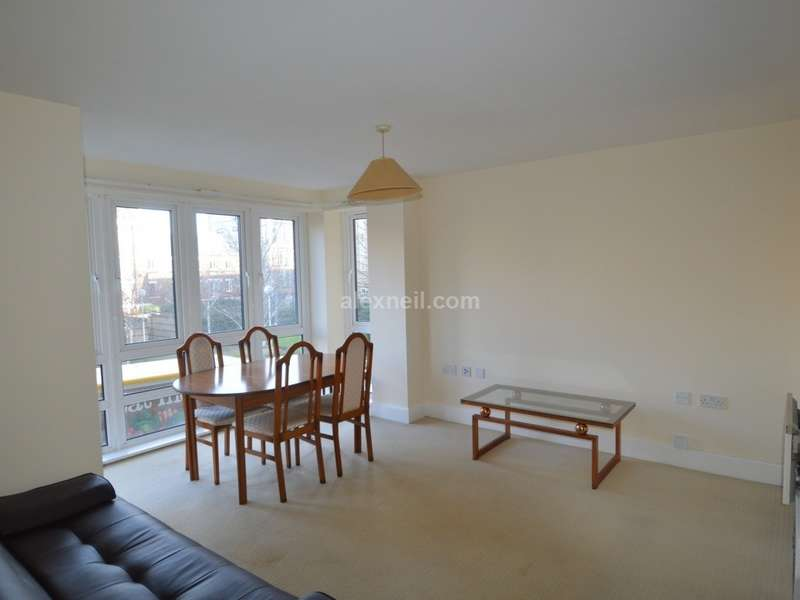 2 Bedrooms Flat for sale in St. Davids Square, Isle of Dogs E14