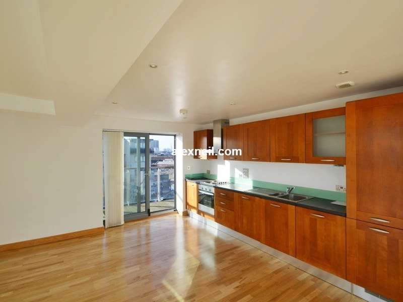 2 Bedrooms Flat for sale in Dace Road, Hackney E3