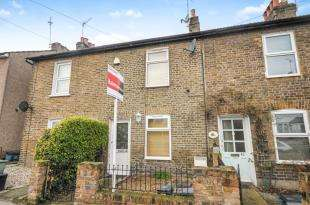 2 Bedrooms Terraced House for sale in St. Peters Street, South Croydon, .