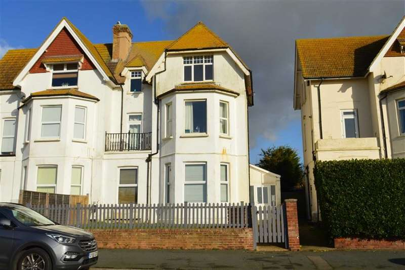 2 Bedrooms Property for sale in Claremont Road, Seaford, East Sussex