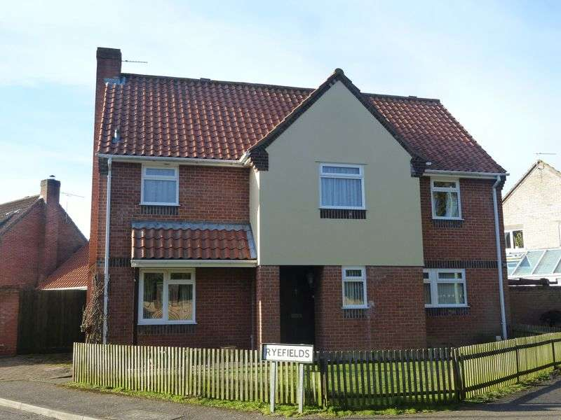 4 Bedrooms Detached House for sale in Ryefields, Thurston