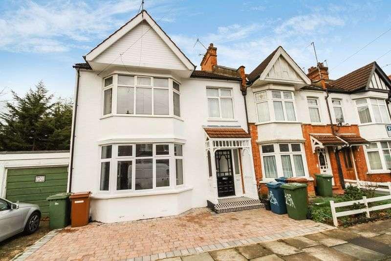 2 Bedrooms Flat for sale in Heath Road, West Harrow