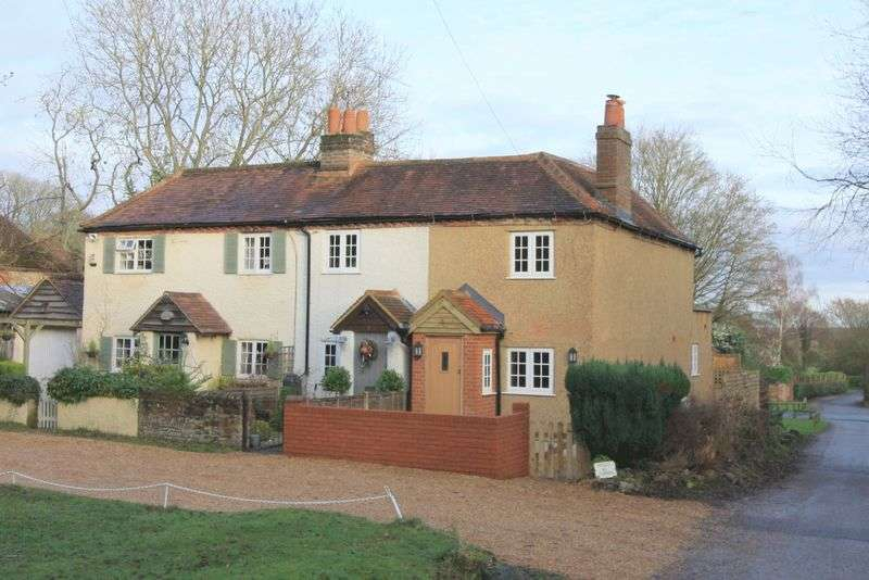 2 Bedrooms House for sale in Malders Lane, Maidenhead