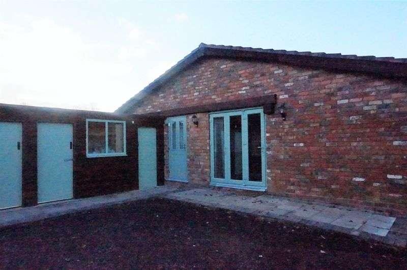 3 Bedrooms Bungalow for rent in Balan Barn ,Packhorse Lane, Birmingham - Bungalow