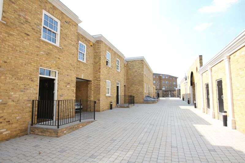 4 Bedrooms Terraced House for sale in Rushgrove Street, Woolwich
