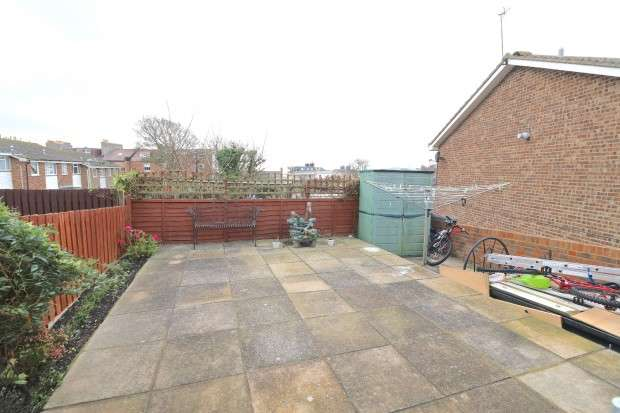 3 Bedrooms End Of Terrace House for sale in St. Catherines Close, St. Leonards-on-Sea, TN37