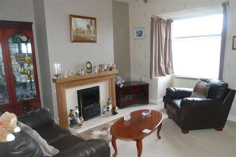 2 Bedrooms Property for sale in 55, Tom Lane, Crosland Moor, Huddersfield