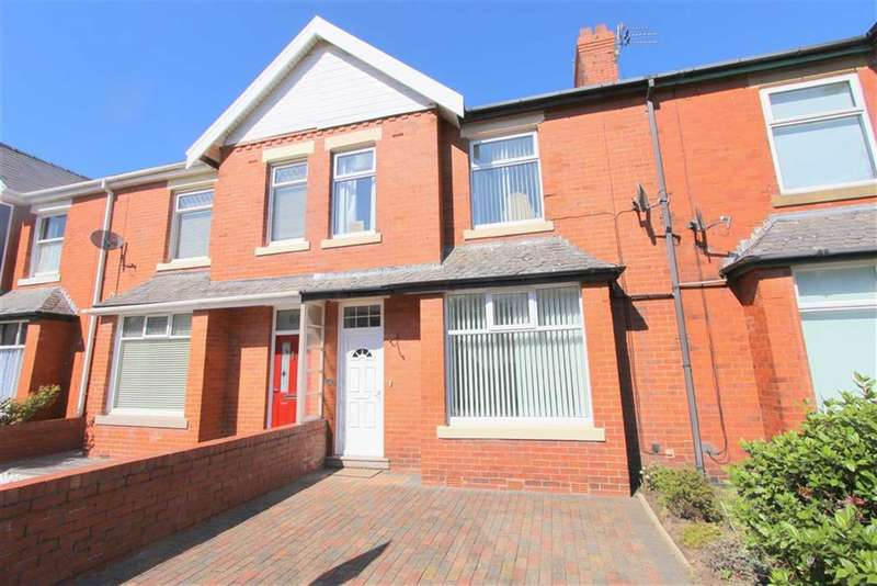 3 Bedrooms Property for sale in Curzon Road, Lytham St Annes, Lancashire