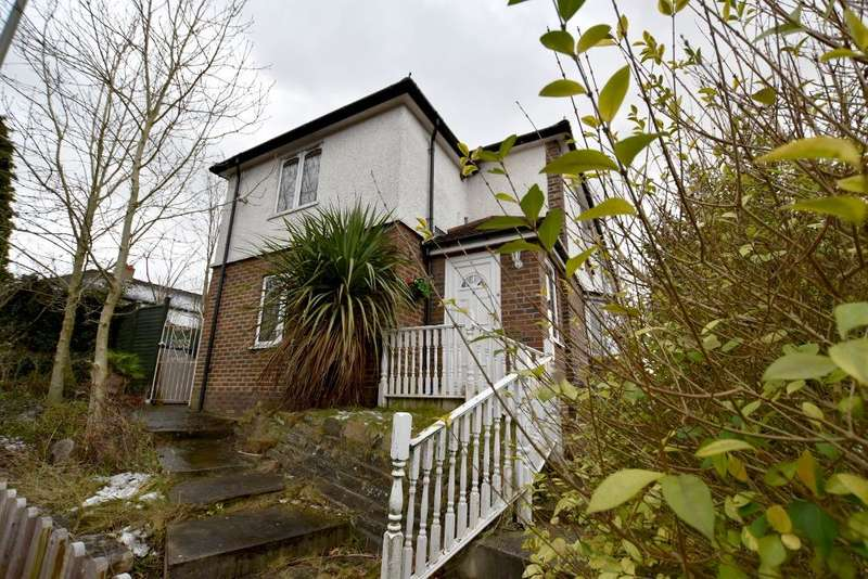 3 Bedrooms House for sale in Rennie Terrace, Redhill