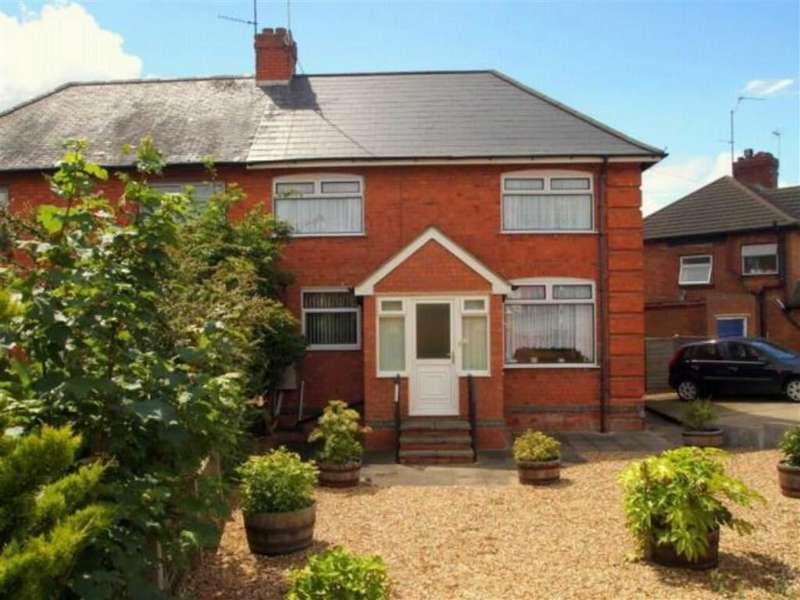 3 Bedrooms Property for sale in Kingsthorpe