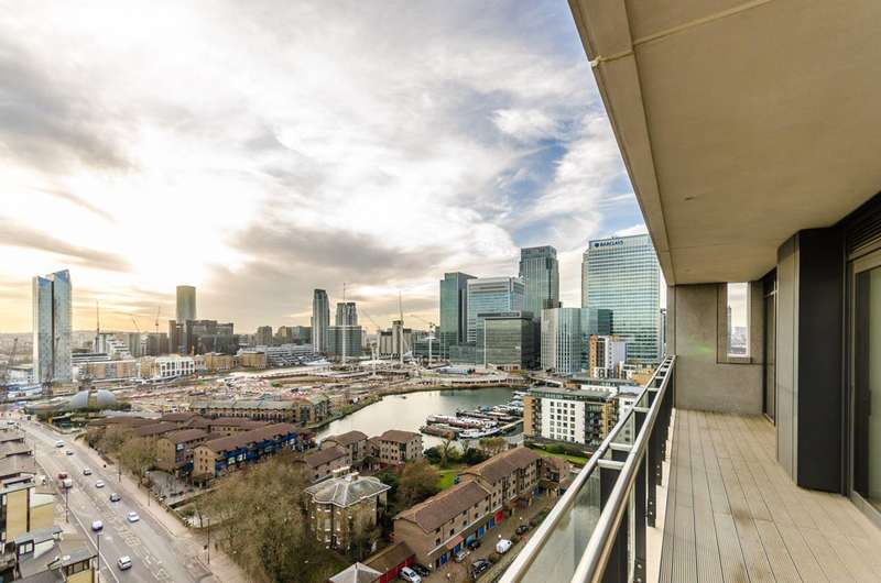 2 Bedrooms Flat for sale in Horizons Tower, Canary Wharf, E14