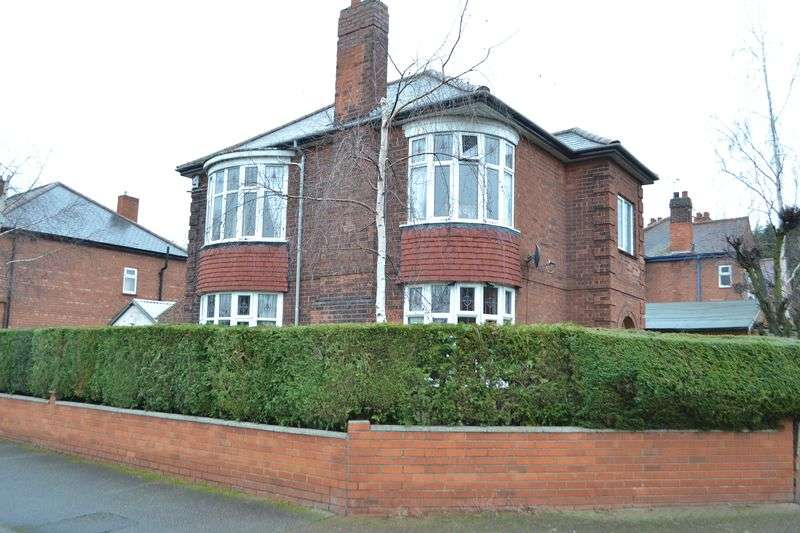 3 Bedrooms Detached House for sale in Connaught Road, Gainsborough