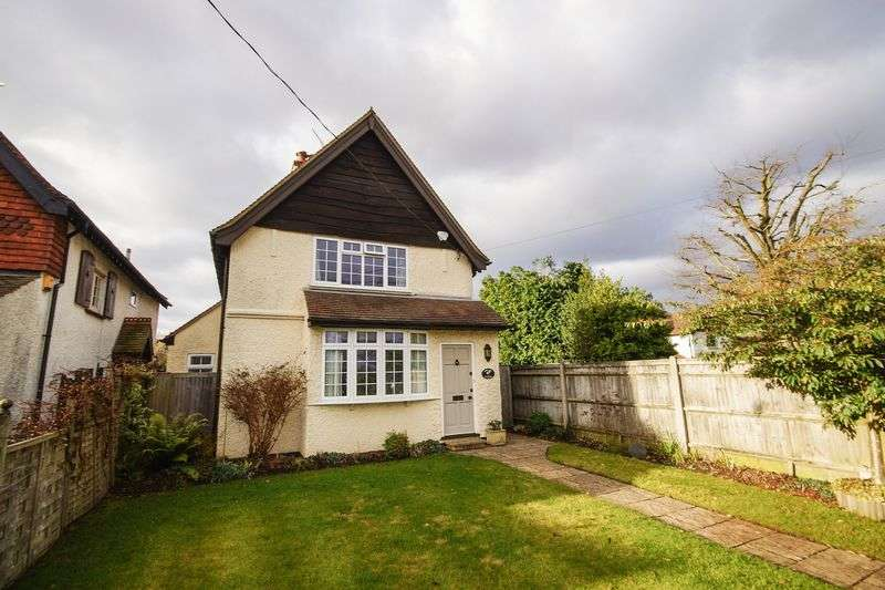 2 Bedrooms Detached House for sale in Prestwood