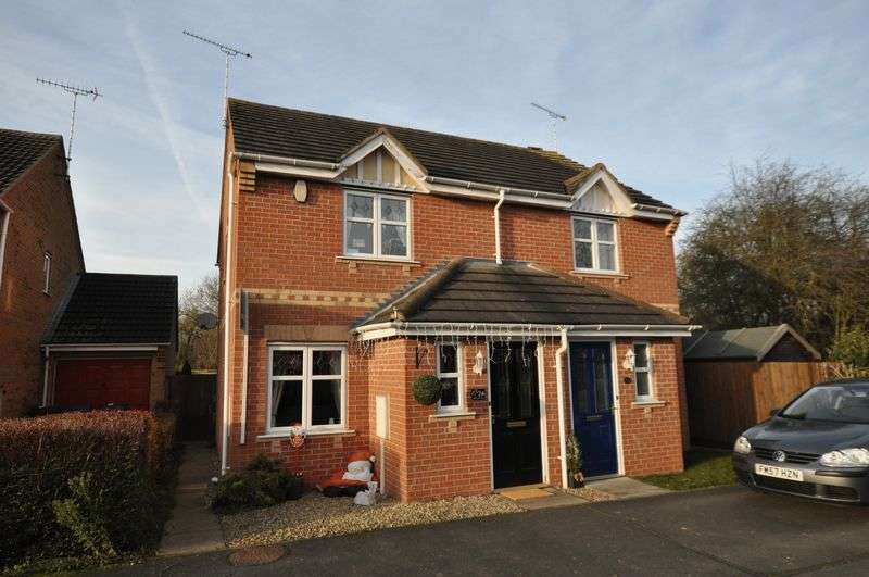 2 Bedrooms Semi Detached House for sale in Moncreiff Drive, Stretton