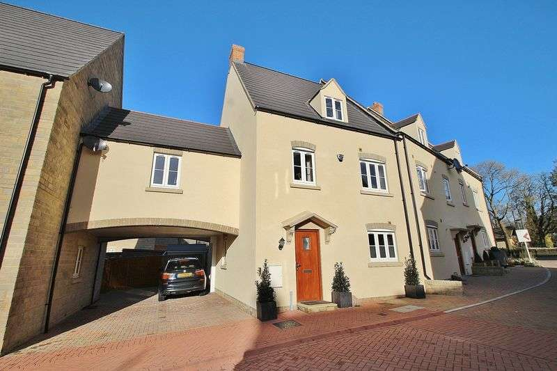 4 Bedrooms House for sale in BUTTERCROSS LANE, Witney OX28 4DN