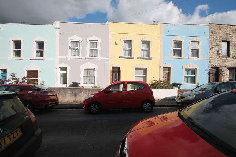 3 Bedrooms Terraced House for rent in Oxford Street, Totterdown, Bristol