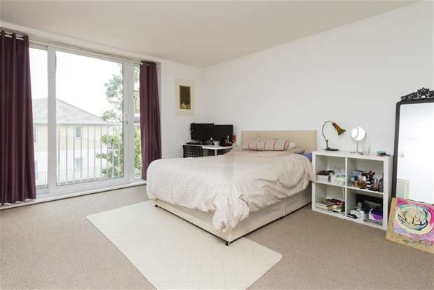 2 Bedrooms Terraced House for sale in Borland Road, Nunhead