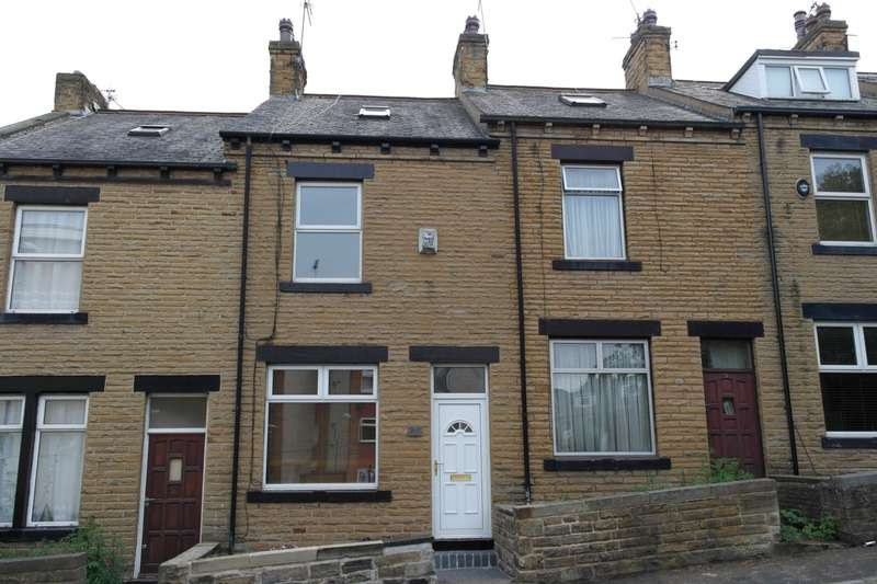 4 Bedrooms Terraced House for sale in Turner Street, Farsley, LS28