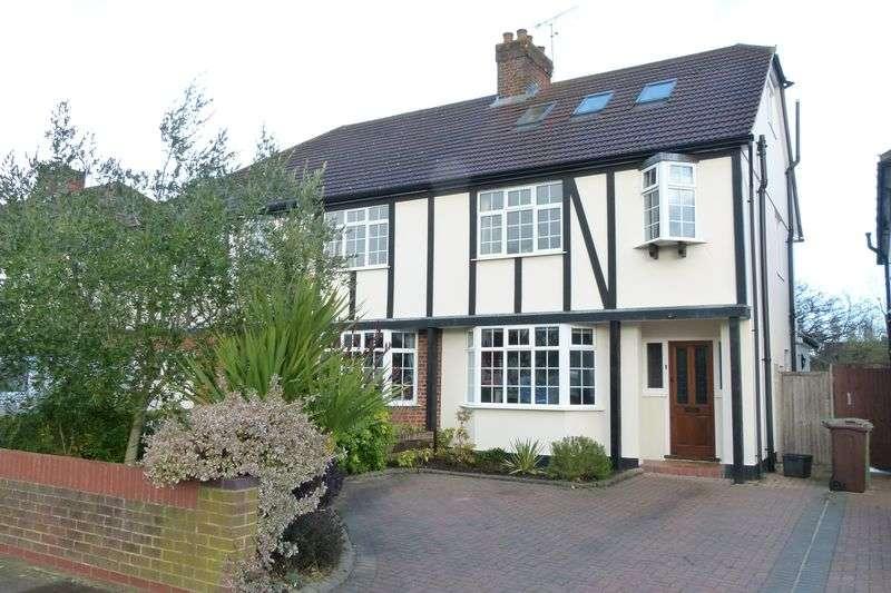 4 Bedrooms Semi Detached House for sale in Tavistock Avenue, St. Albans