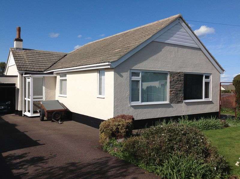 3 Bedrooms Bungalow for sale in KINGSWAY AVENUE, WHITEROCK, PAIGNTON.
