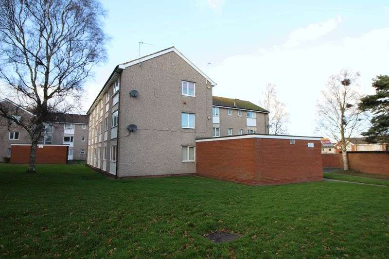 3 Bedrooms Flat for sale in Conway Court, Wirral
