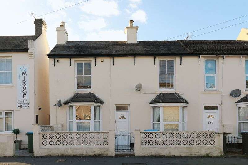 1 Bedroom Flat for sale in First Floor Flat, Bognor Town Centre