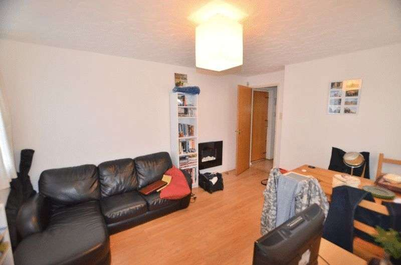 1 Bedroom Flat for sale in Northiam Street, Victoria Park E9
