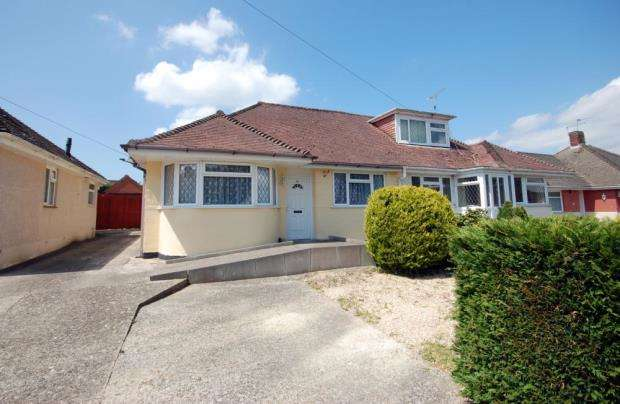 2 Bedrooms Semi Detached Bungalow for sale in Bournemouth, Dorset, BH10