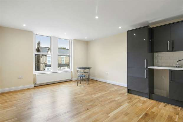 1 Bedroom Flat for sale in Hastings Road, Ealing